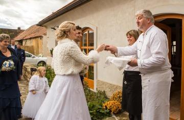 svatba Praha Celakovice svatebni fotograf-364