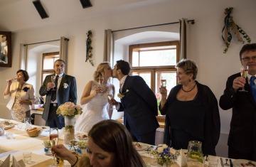 svatba Praha Celakovice svatebni fotograf-384