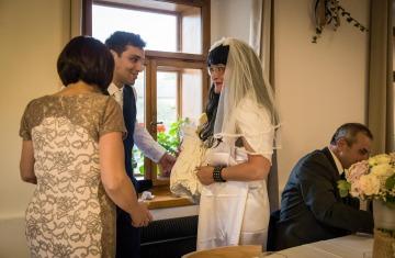 svatba Praha Celakovice svatebni fotograf-426