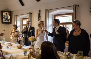 svatba Praha Celakovice svatebni fotograf-383