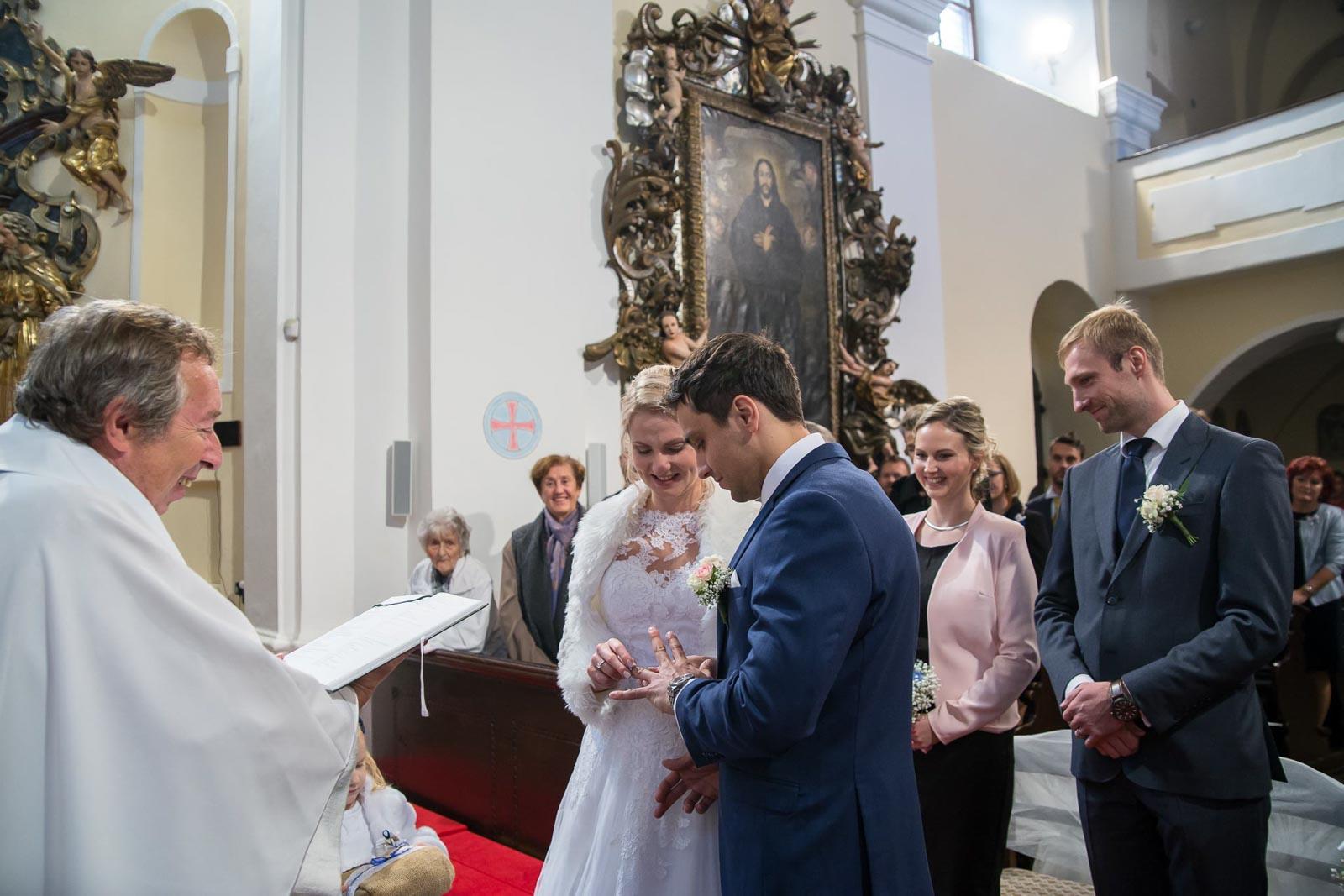 svatba Praha Celakovice svatebni fotograf-167