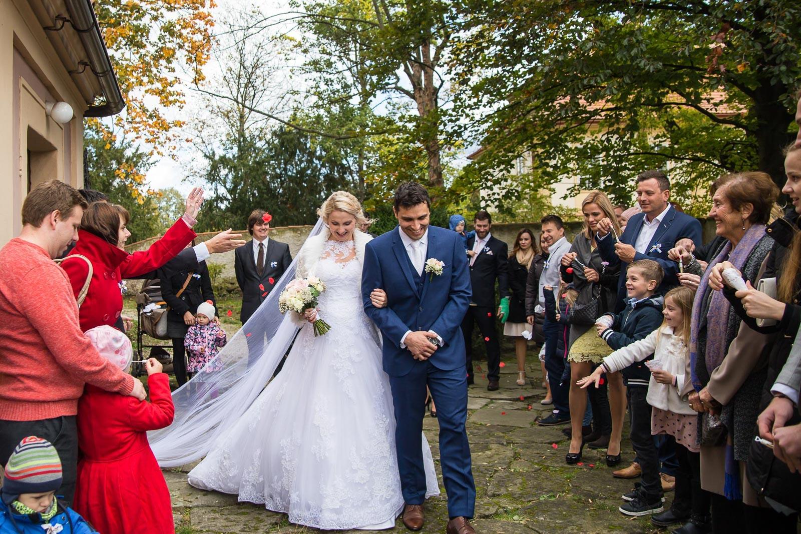 svatba Praha Celakovice svatebni fotograf-293