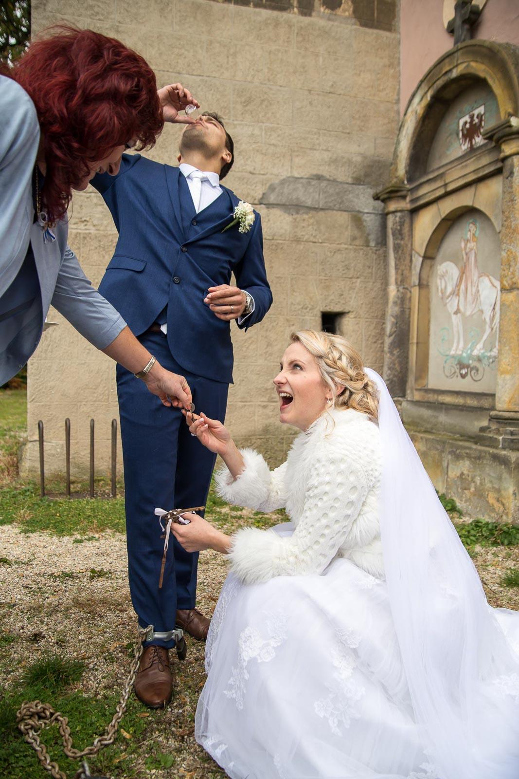 svatba Praha Celakovice svatebni fotograf-314