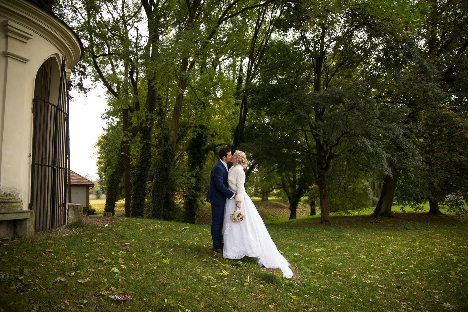 svatba Praha Celakovice svatebni fotograf-484