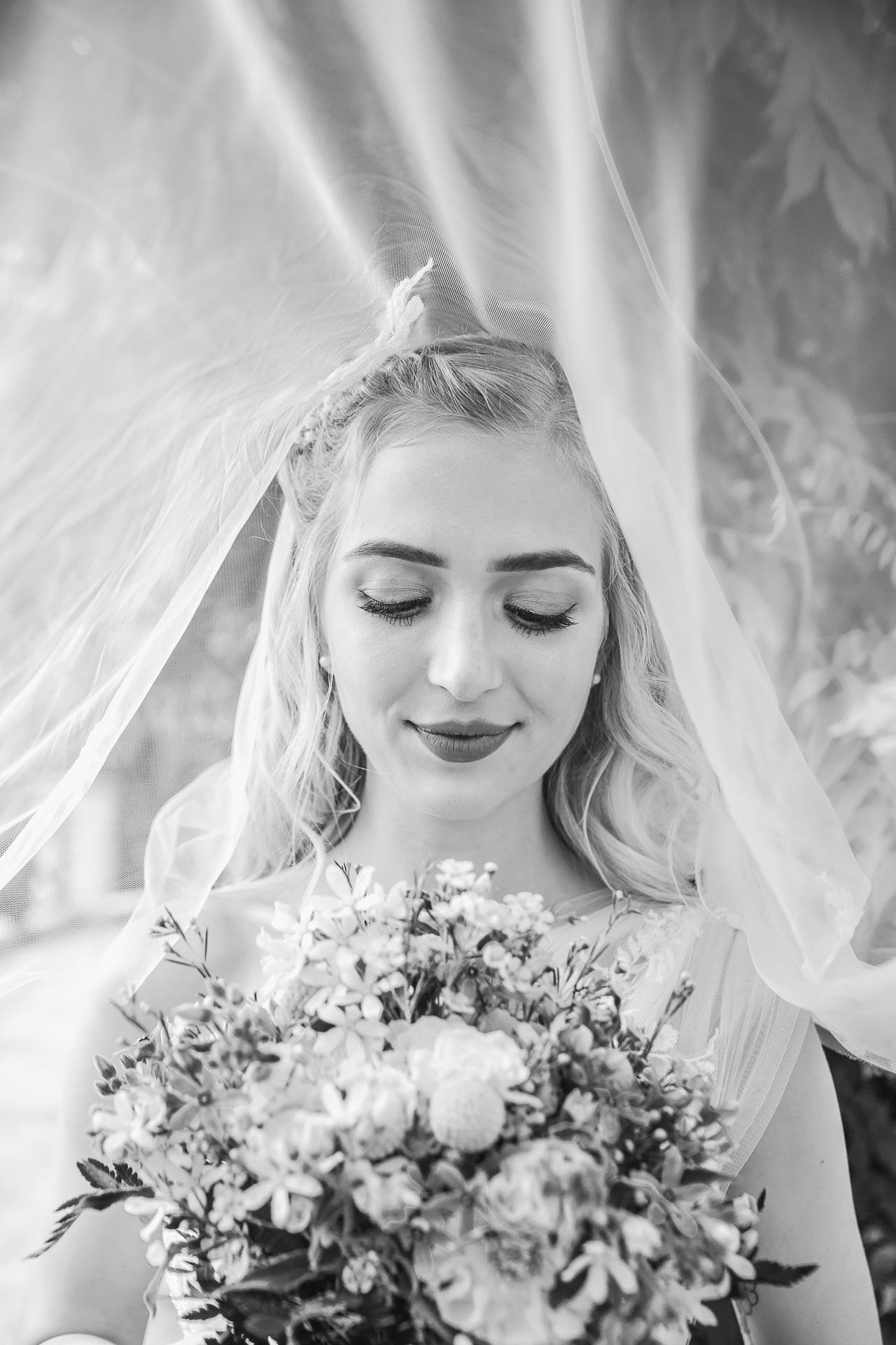 svatební-fotograf-zámek-Loučeň-svatební-video-zámek-Loučeň-2-3