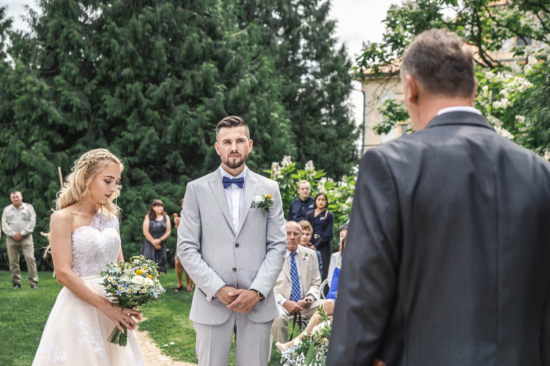 svatební-fotograf-zámek-Loučeň-svatební-video-zámek-Loučeň-3618