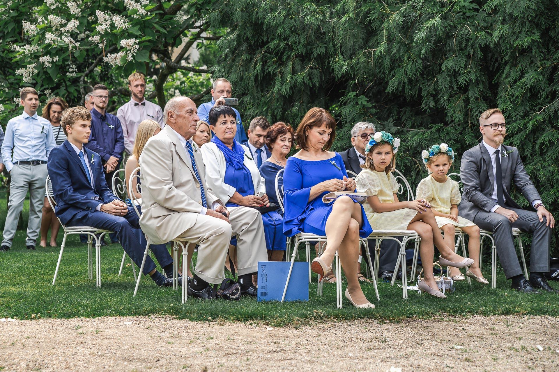 svatební-fotograf-zámek-Loučeň-svatební-video-zámek-Loučeň-3640