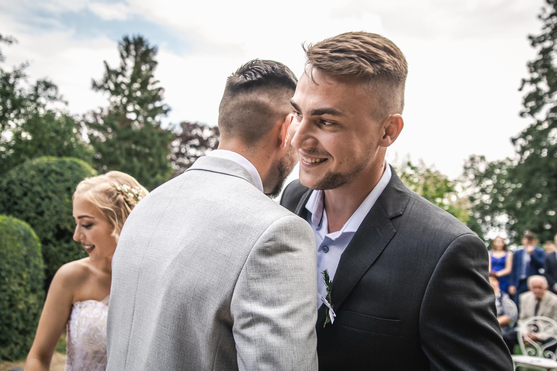 svatební-fotograf-zámek-Loučeň-svatební-video-zámek-Loučeň-3711
