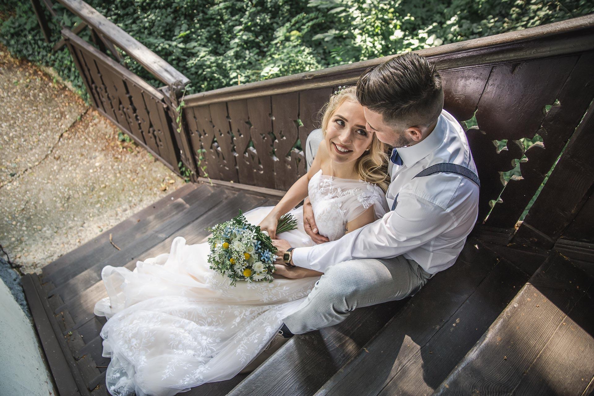 svatební-fotograf-zámek-Loučeň-svatební-video-zámek-Loučeň-4170