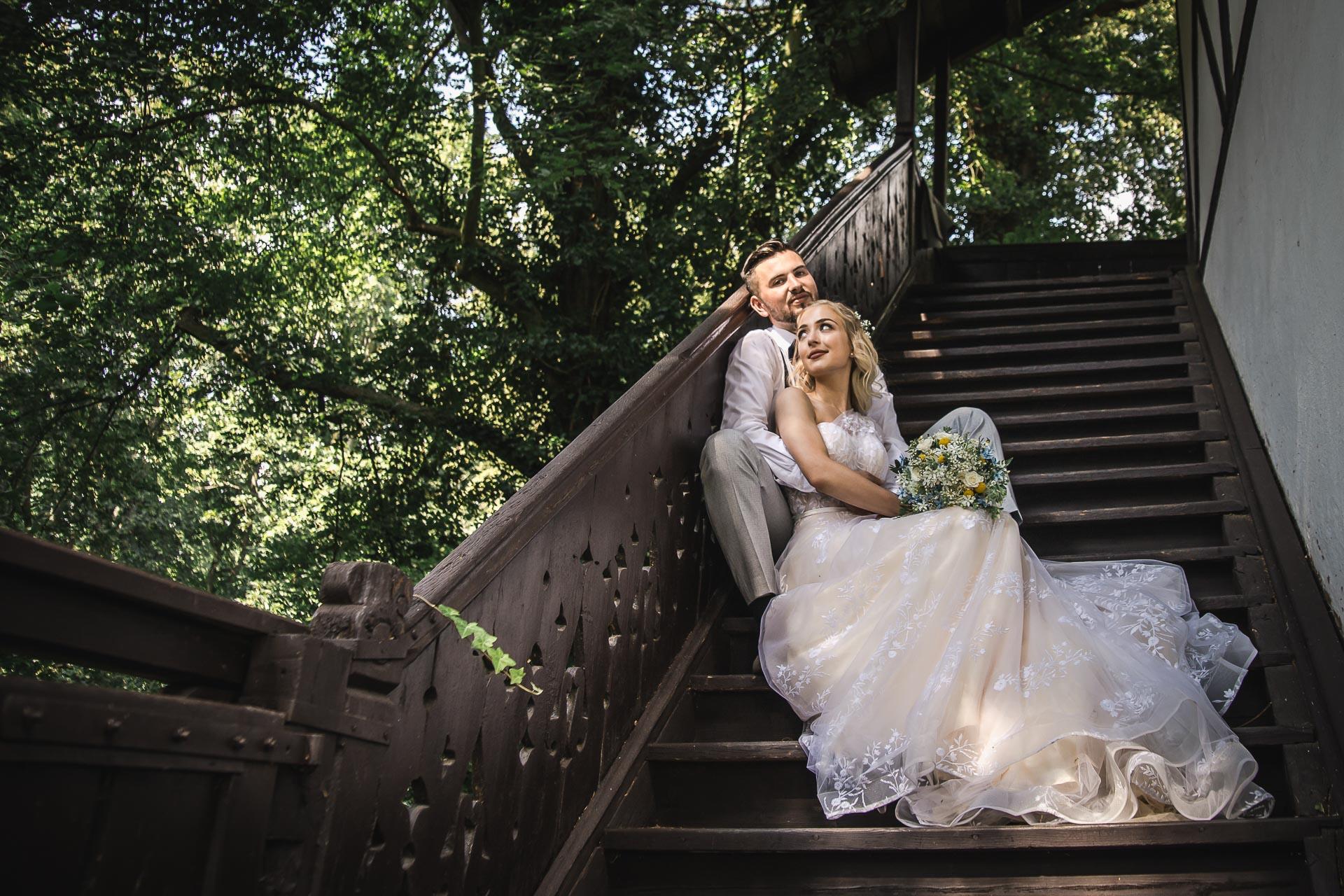 svatební-fotograf-zámek-Loučeň-svatební-video-zámek-Loučeň-4172
