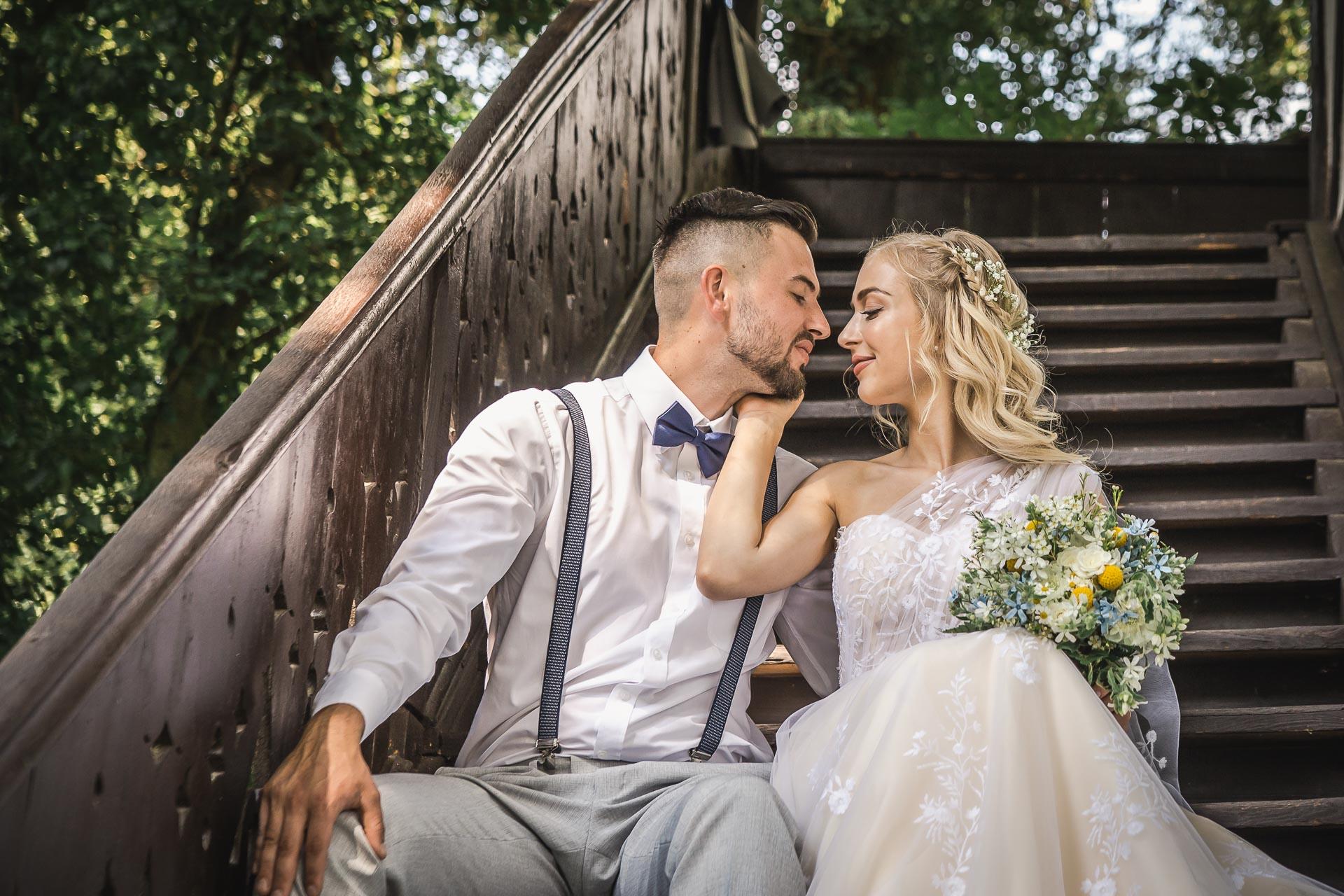 svatební-fotograf-zámek-Loučeň-svatební-video-zámek-Loučeň-4181