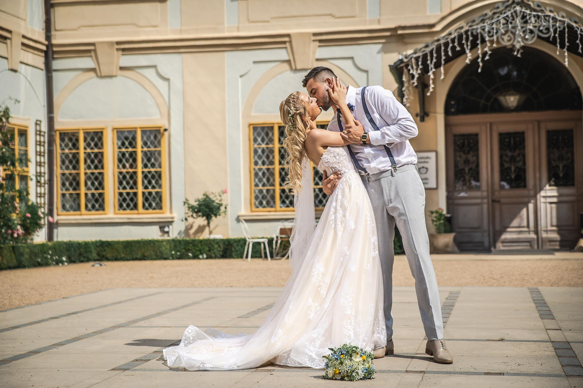 svatební-fotograf-zámek-Loučeň-svatební-video-zámek-Loučeň-4234