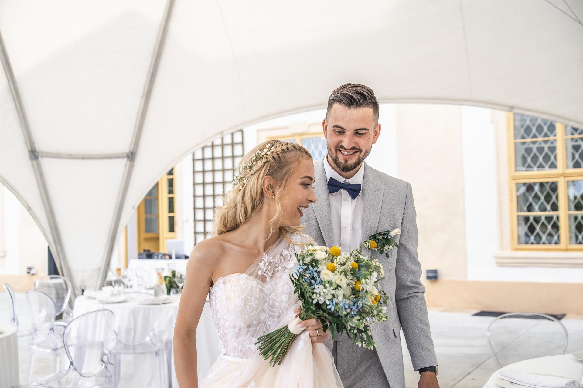 svatební-fotograf-zámek-Loučeň-svatební-video-zámek-Loučeň-4278