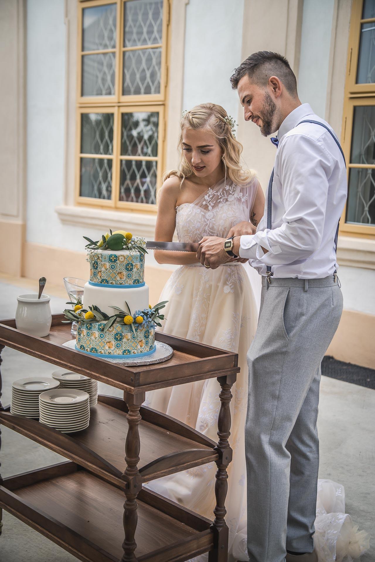 svatební-fotograf-zámek-Loučeň-svatební-video-zámek-Loučeň-4410