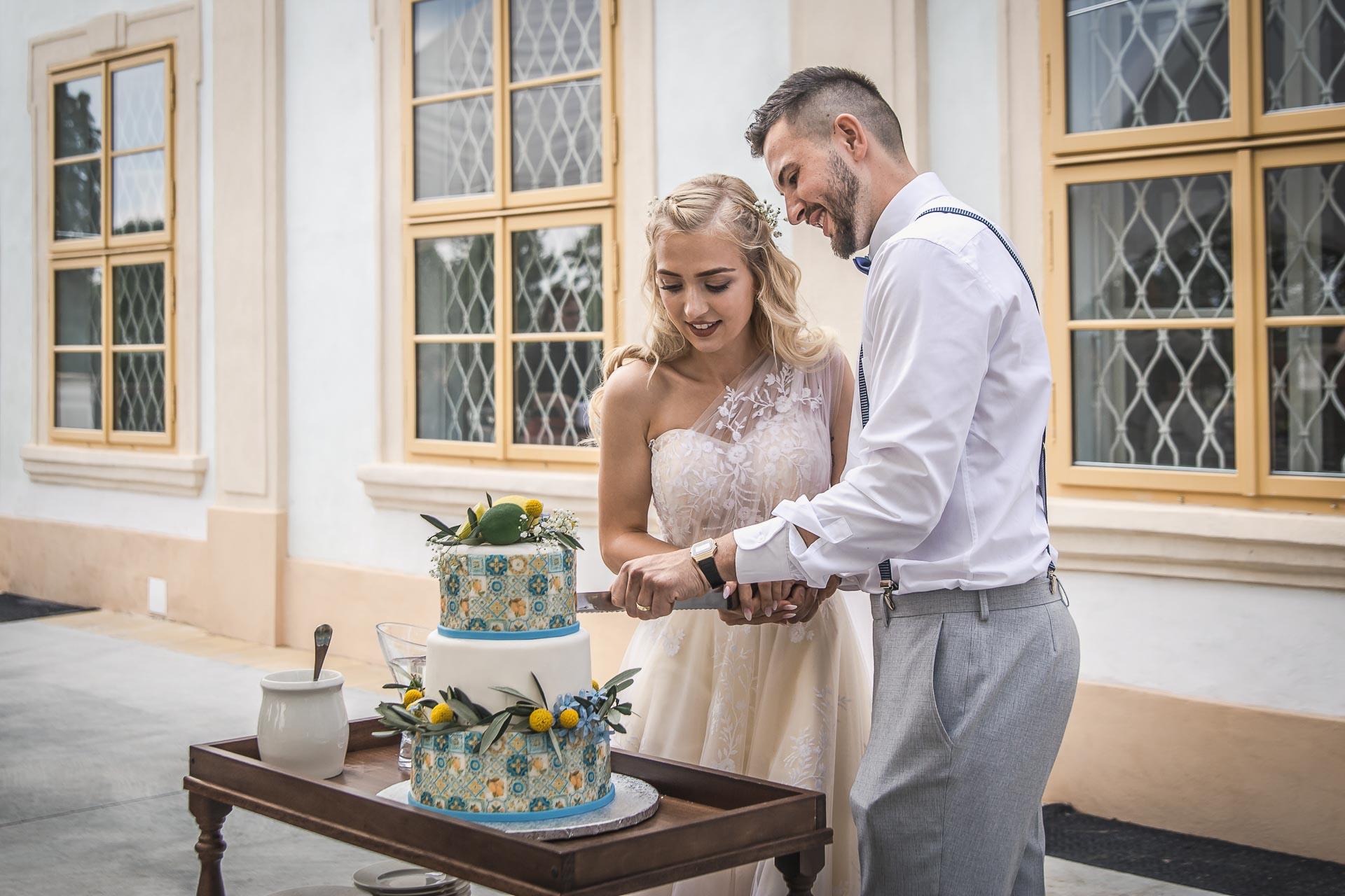 svatební-fotograf-zámek-Loučeň-svatební-video-zámek-Loučeň-4412