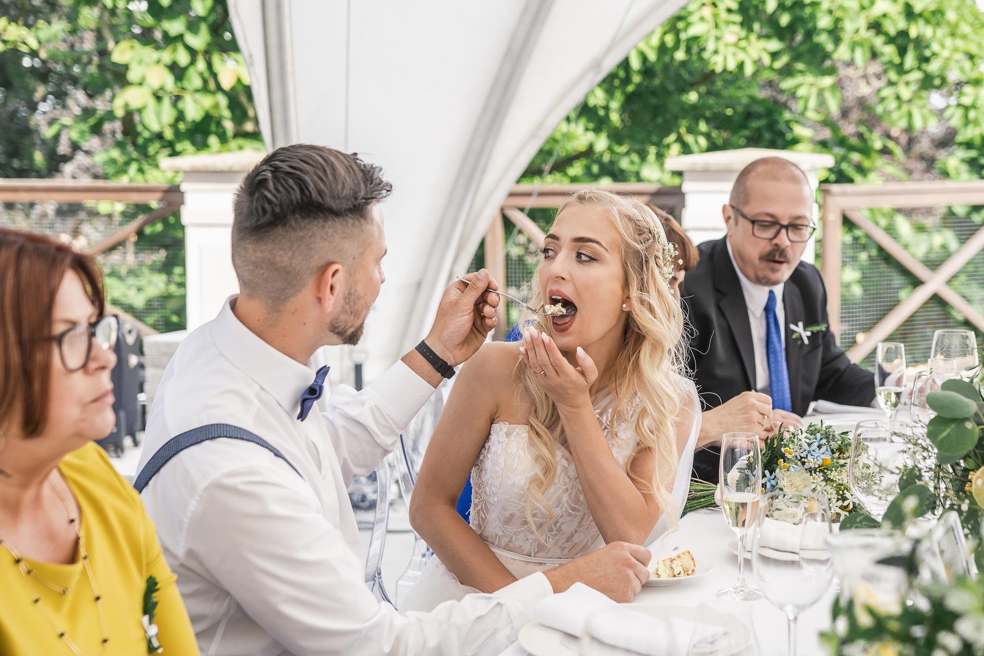 svatební-fotograf-zámek-Loučeň-svatební-video-zámek-Loučeň-4444