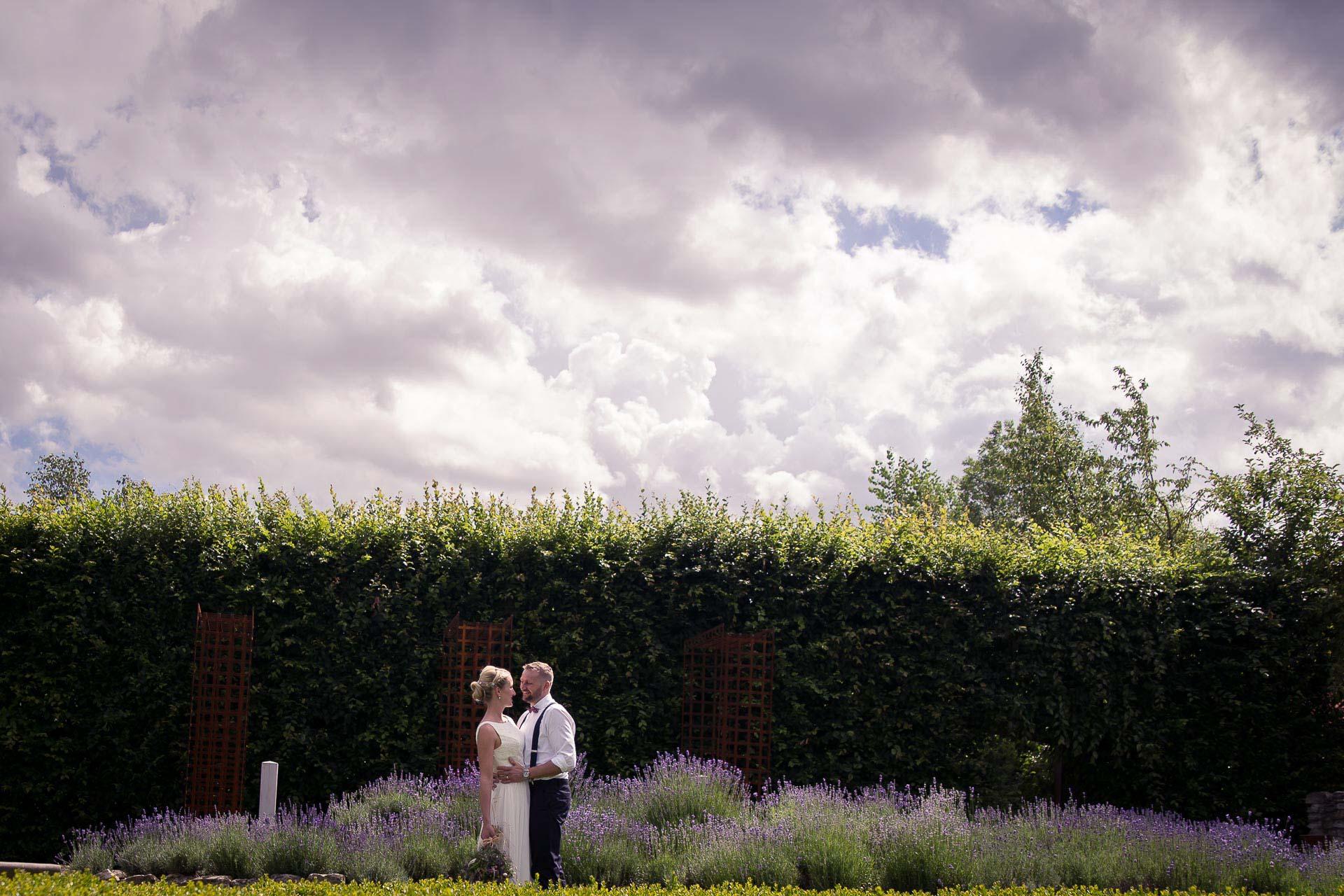 svatební-fotograf-Botanicus-Ostrá-2021
