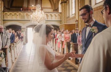 svatební fotograf Praha,svatba střední čechy, církevní obřad, svatba v kostele, nejhezčí svatební fotografie-2377
