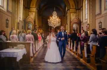 svatební fotograf Praha,svatba střední čechy, církevní obřad, svatba v kostele, nejhezčí svatební fotografie-