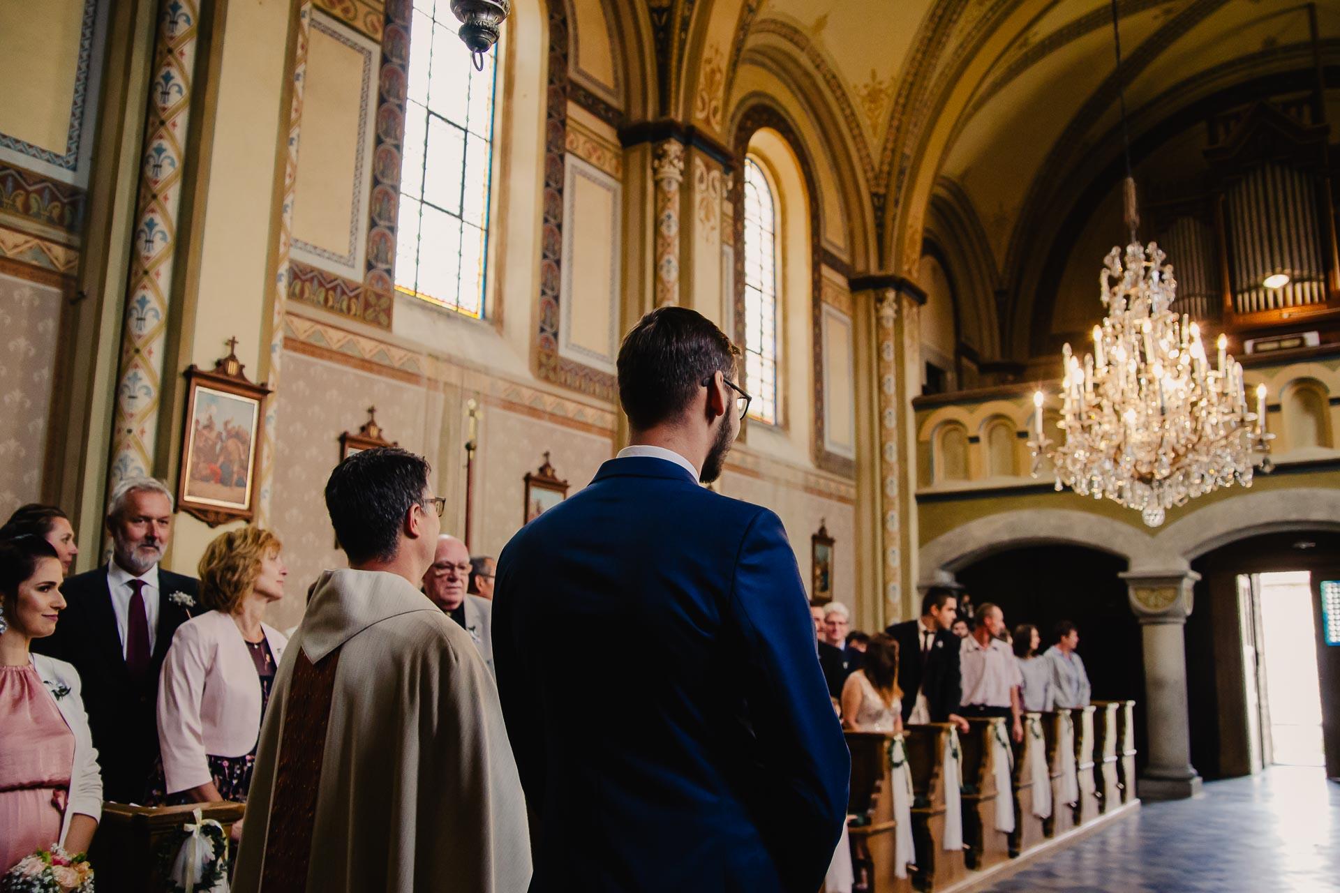 svatební fotograf Praha,svatba střední čechy, církevní obřad, svatba v kostele, nejhezčí svatební fotografie-2232