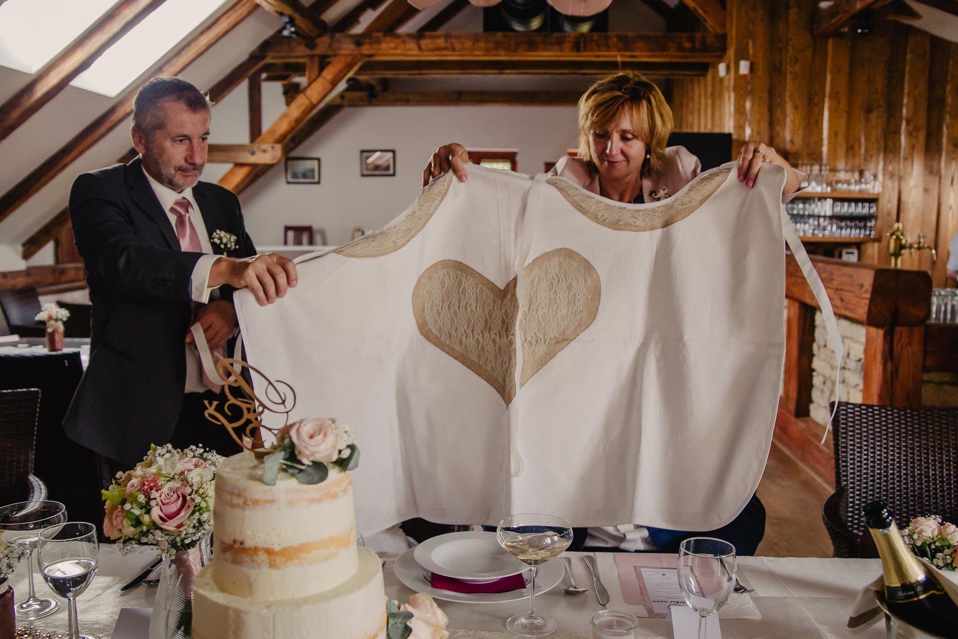 svatební fotograf Praha,svatba střední čechy, církevní obřad, svatba v kostele, nejhezčí svatební fotografie-3042