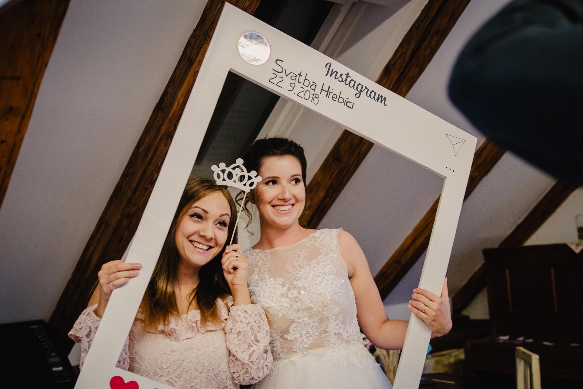 svatební fotograf Praha,svatba střední čechy, církevní obřad, svatba v kostele, nejhezčí svatební fotografie-3345