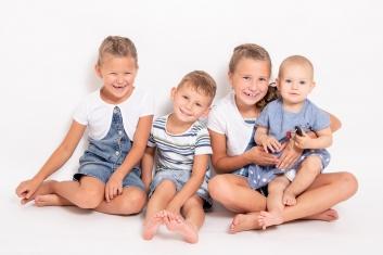 profesionální rodinné fotografování v ateliéru, exteriéru od Studio Beautyfoto, Lysá nad Labem-9228