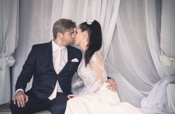 Svatební fotografie Gabriela & Tomáš park hotel Popovičky - svatební fotograf a svatební kameraman Studio Beautyfoto