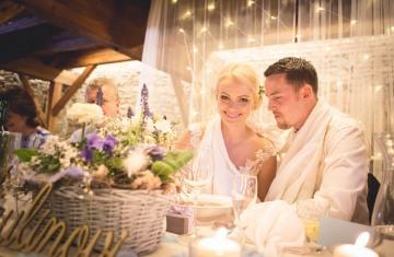 svatba Jana & Michal, Yard Resort, Předboj u Prahy - svatební fotograf a svatební kameraman Studio Beautyfoto -240