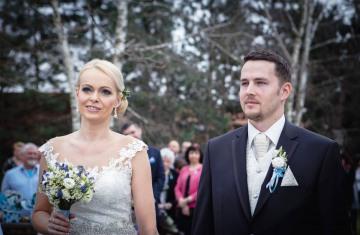 svatba Jana & Michal, Yard Resort, Předboj u Prahy - svatební fotograf a svatební kameraman Studio Beautyfoto -96