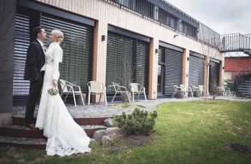 svatba Jana & Michal, Yard Resort, Předboj u Prahy - svatební fotograf a svatební kameraman Studio Beautyfoto 11125f a svatební kameraman Studio Beautyfoto