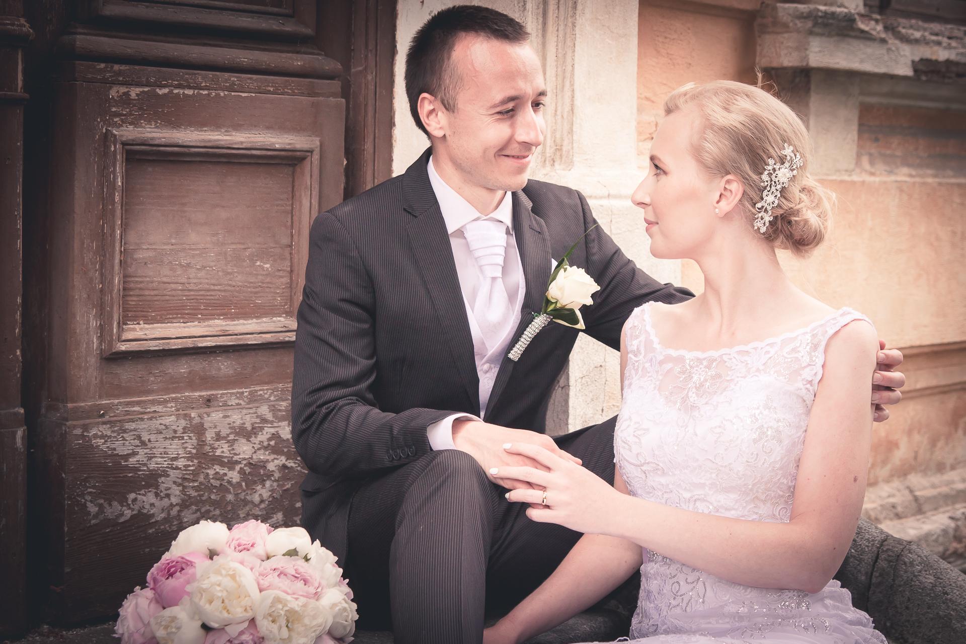 Svatební fotografie Lenka & Petr zámecký park Lysá nad Labem nad Labem - Svatební fotograf Studio Beautyfoto, svatební video