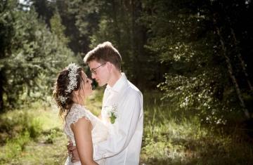 svatební fotograf boho svatba přírodní svatba-50