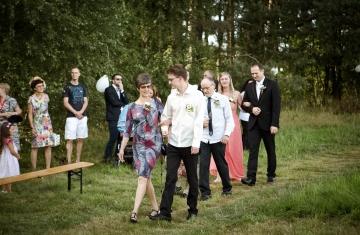 svatební fotograf boho svatba přírodní svatba-10