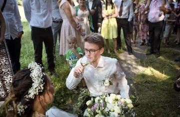 svatební fotograf boho svatba přírodní svatba-39