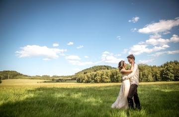 svatební fotograf boho svatba přírodní svatba-49