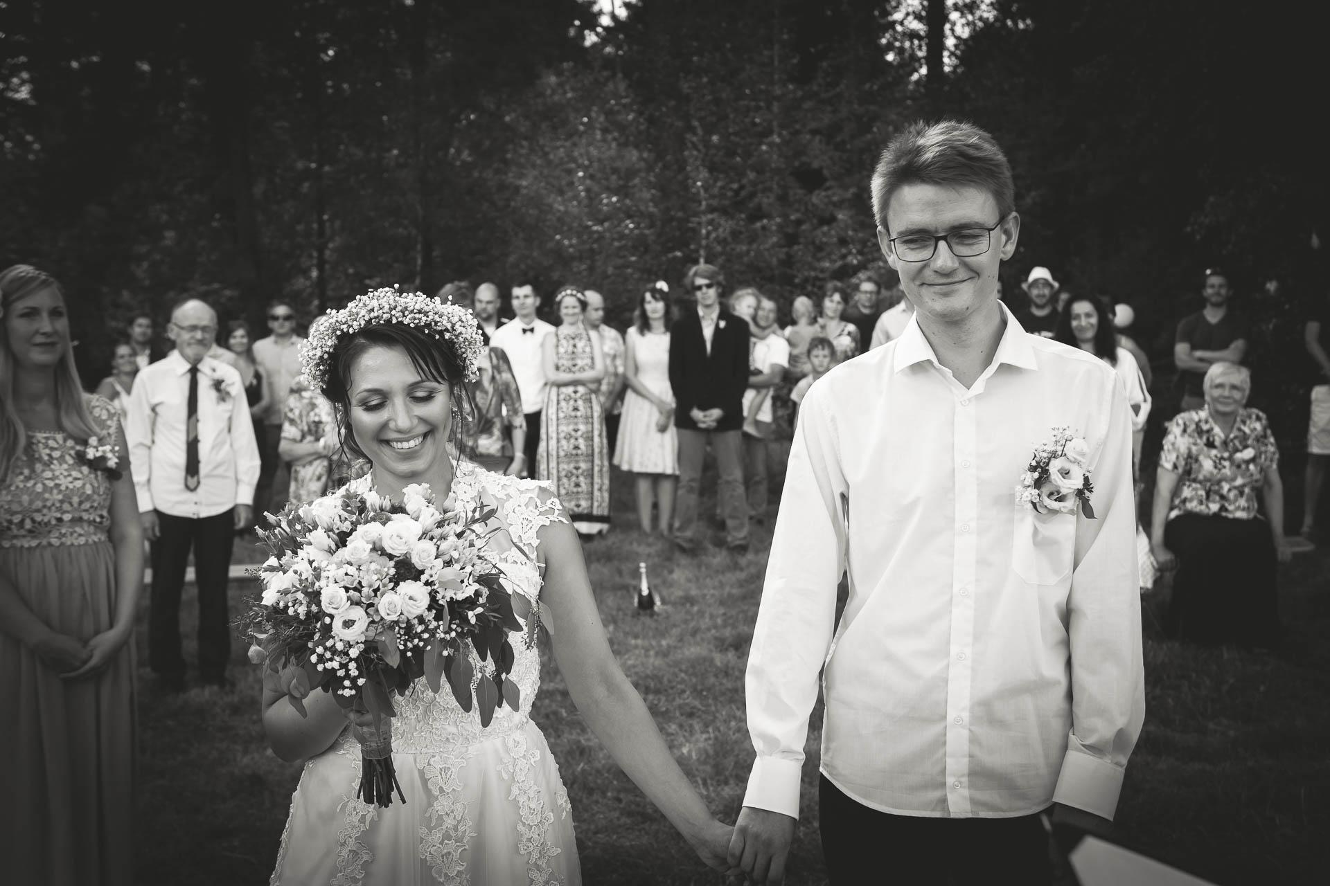 svatební fotograf boho svatba přírodní svatba-13
