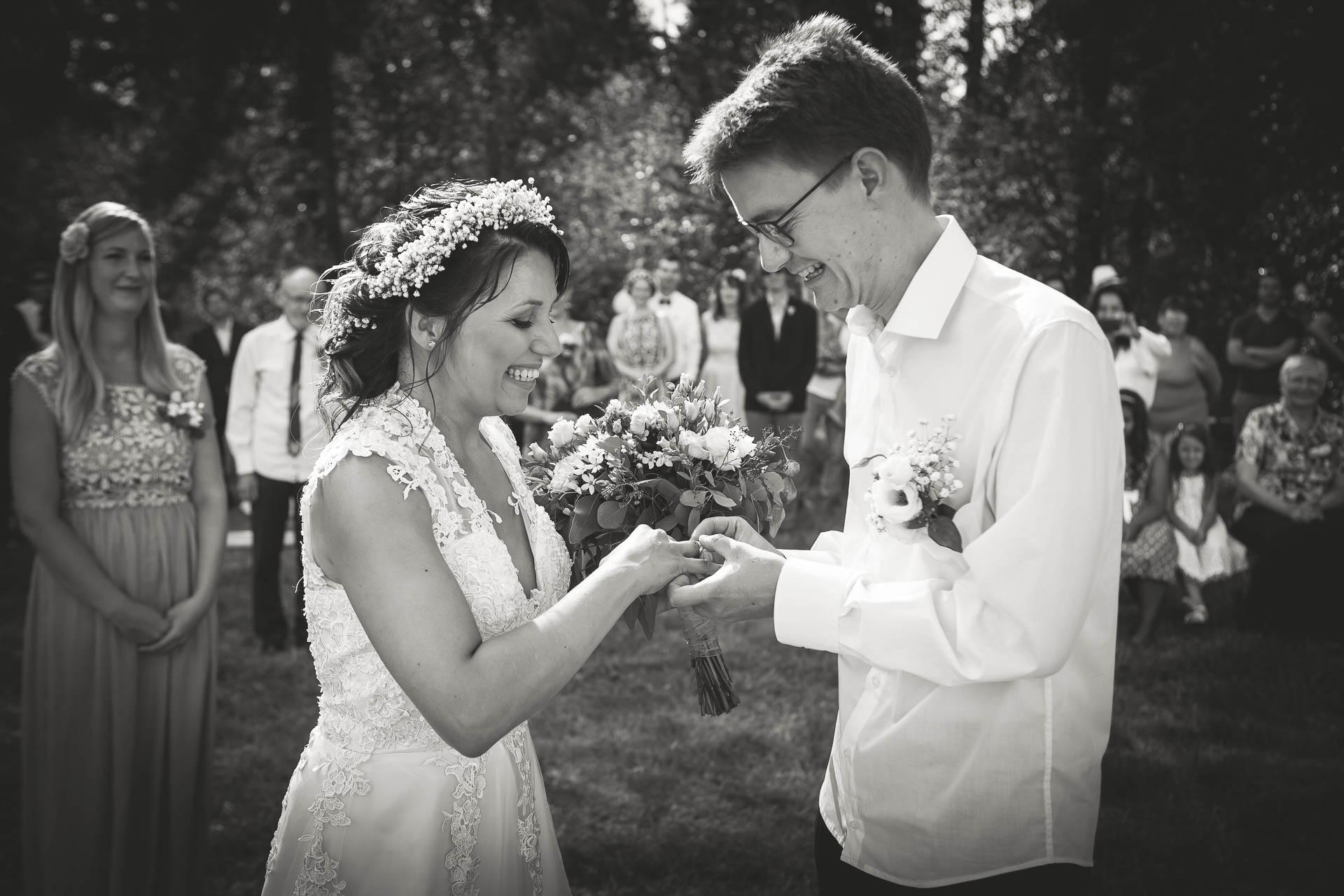 svatební fotograf boho svatba přírodní svatba-24