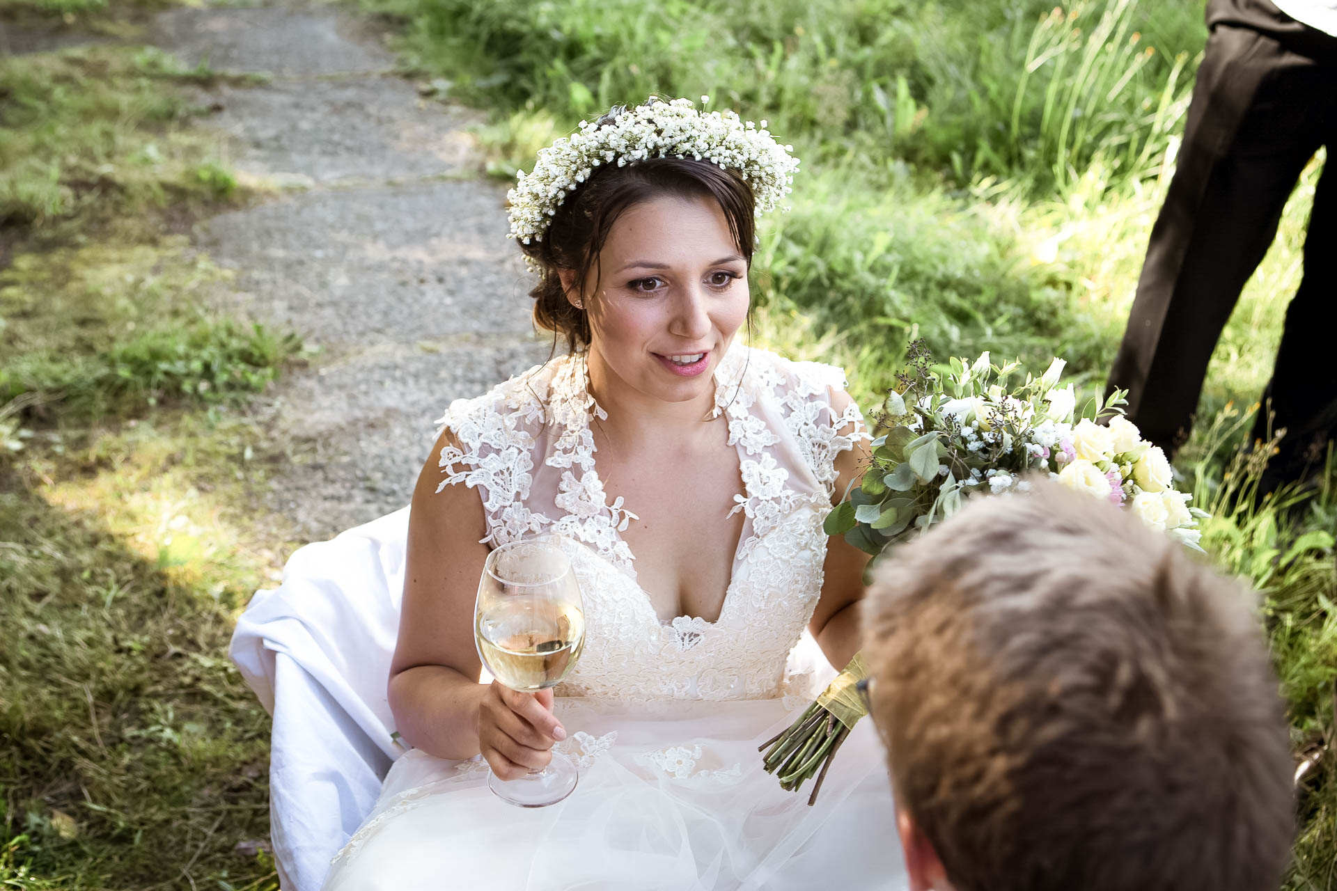 svatební fotograf boho svatba přírodní svatba-38