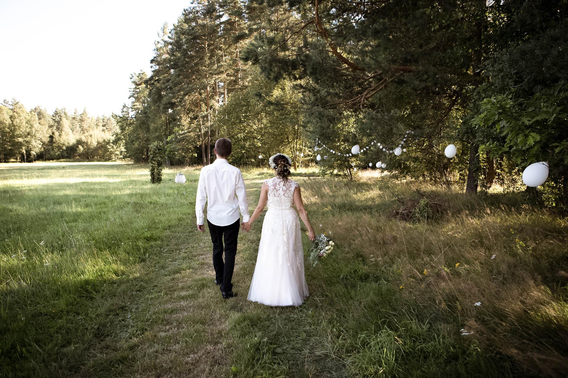 svatební fotograf boho svatba přírodní svatba-46