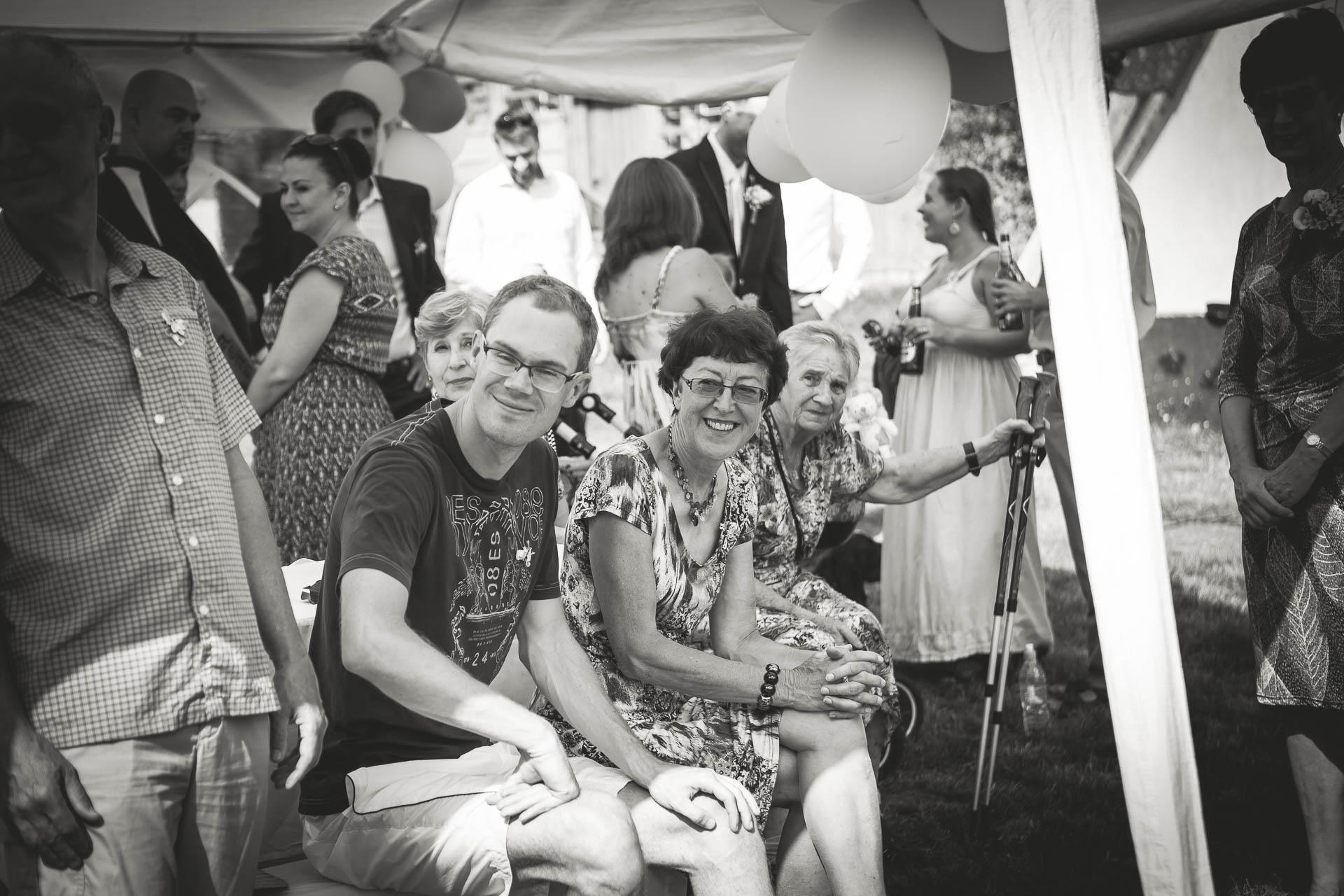 svatební fotograf boho svatba přírodní svatba-7