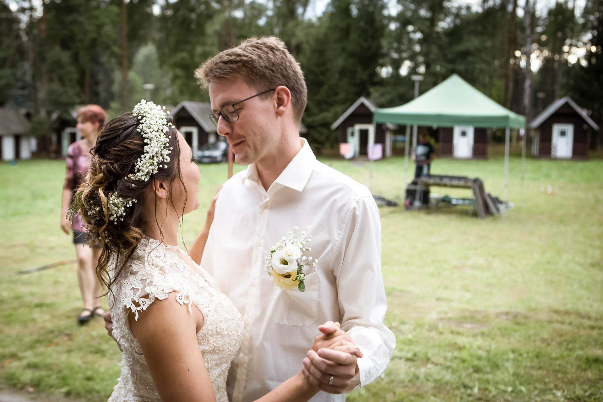 svatební fotograf boho svatba přírodní svatba-75