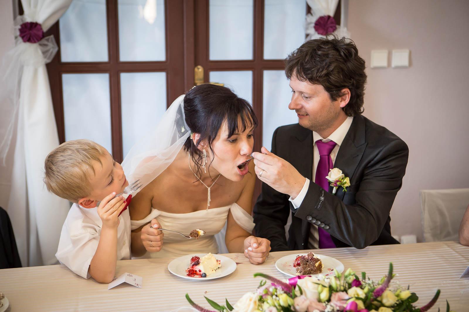 Svatební-fotografie-Mirka-a-Petr-svatební-fotograf- svatebni-kameraman-studio-Beautyfoto-Jižní-Čechy-Zvíkov-Orlík-svatební-videobeautyfoto-88