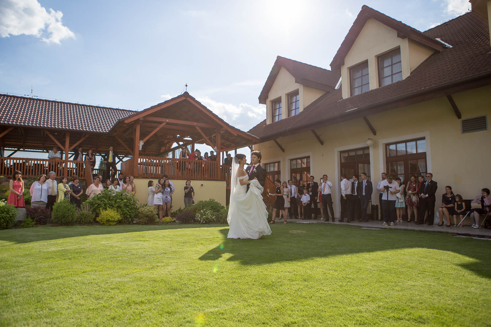 Svatební-fotografie-Mirka-a-Petr-svatební-fotograf- svatebni-kameraman-studio-Beautyfoto-Jižní-Čechy-Zvíkov-Orlík-svatební-videobeautyfoto-91