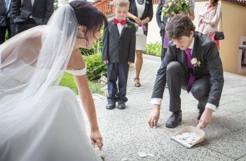 Svatební-fotografie-Mirka-a-Petr-svatební-fotograf- svatebni-kameraman-studio-Beautyfoto-Jižní-Čechy-Zvíkov-Orlík-svatební-video beautyfoto-58