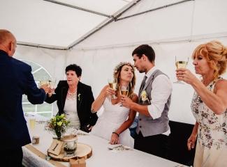 svatba v boho stylu, rustikální svatba, přírodní letní svatba Kokořínsko-220