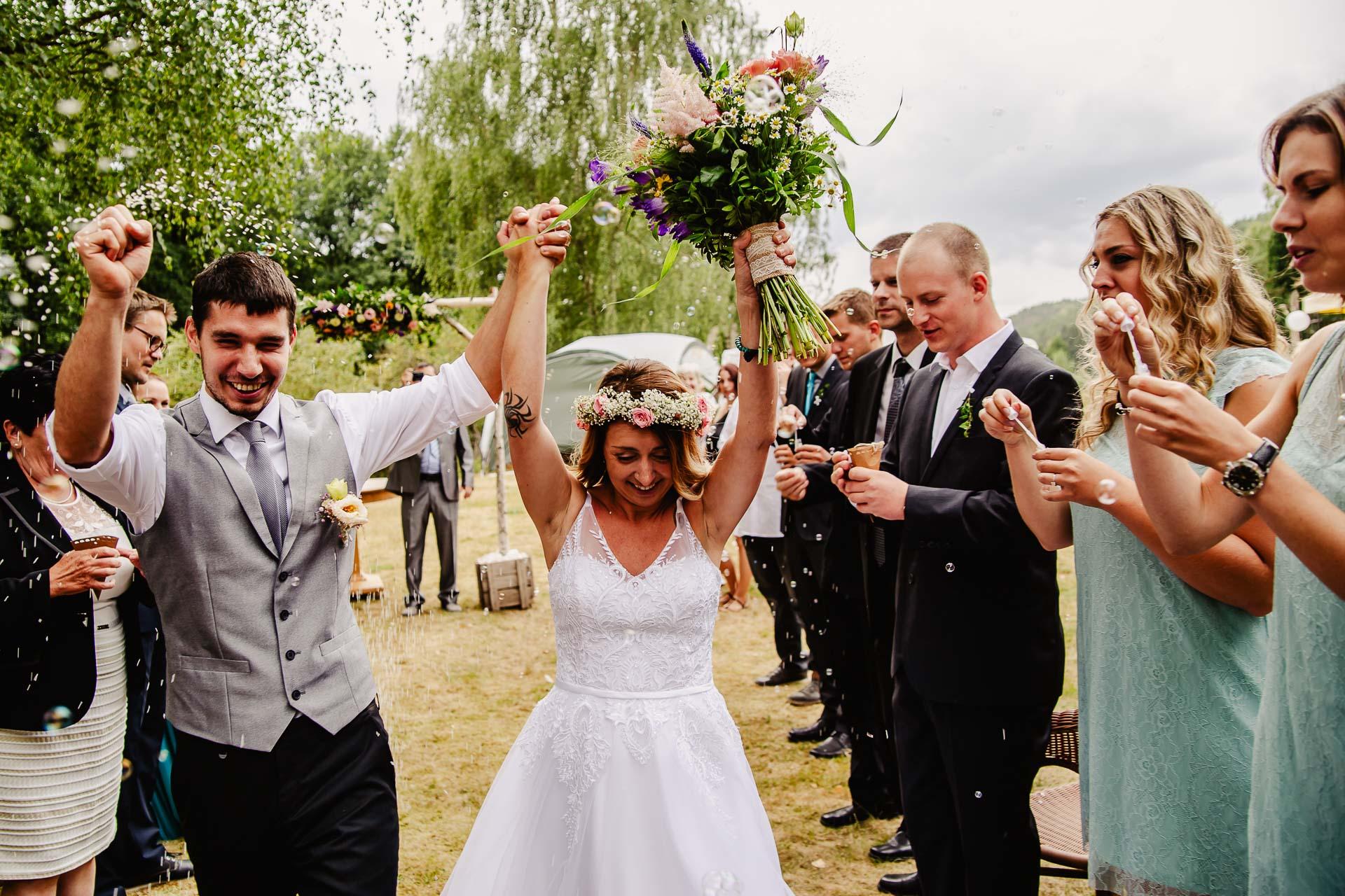 svatba v boho stylu, rustikální svatba, přírodní letní svatba Kokořínsko-106