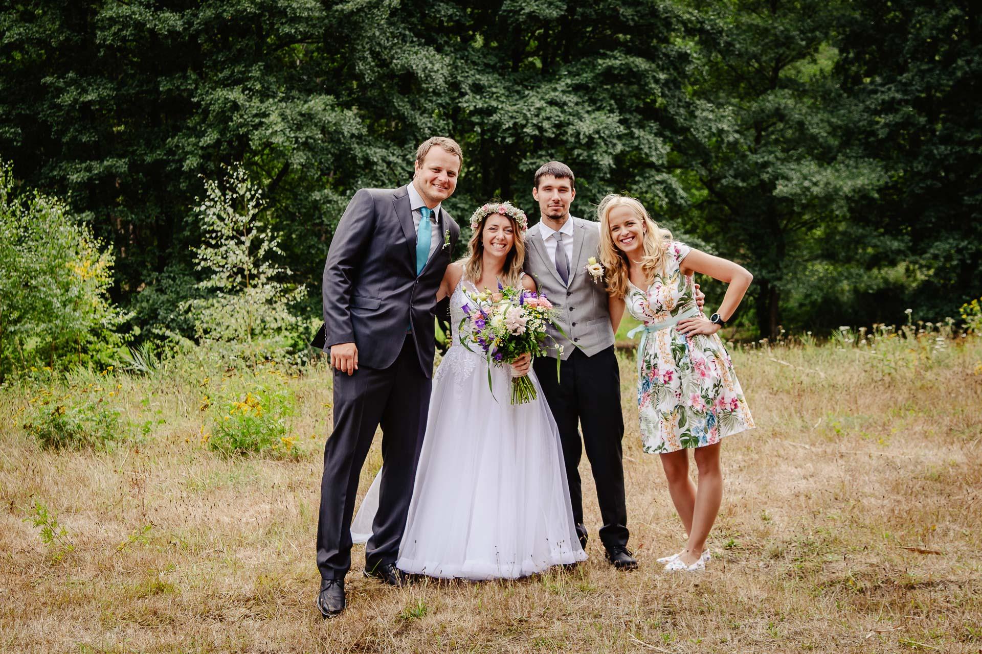 svatba v boho stylu, rustikální svatba, přírodní letní svatba Kokořínsko-117