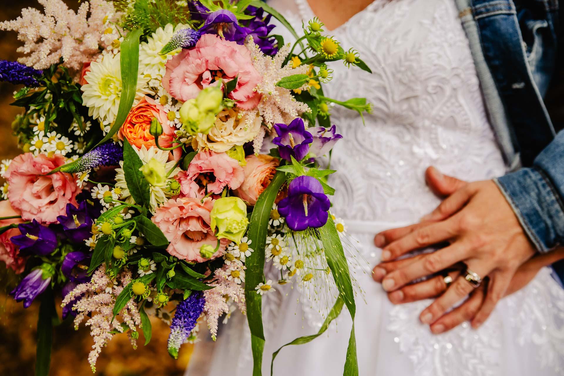 svatba v boho stylu, rustikální svatba, přírodní letní svatba Kokořínsko-168