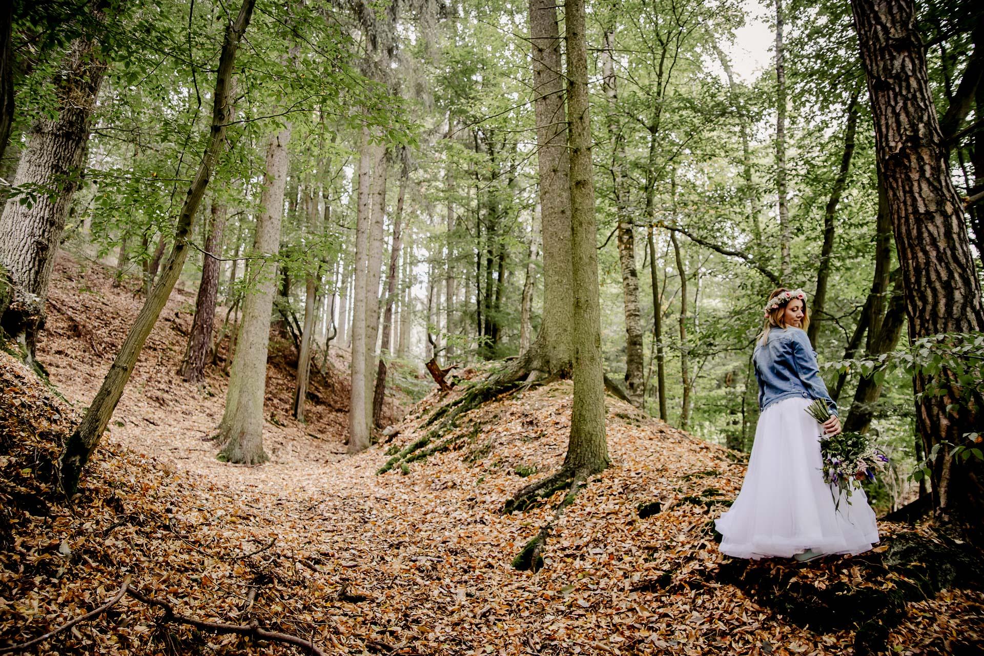 svatba v boho stylu, rustikální svatba, přírodní letní svatba Kokořínsko-173